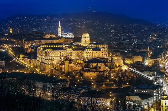 budapest-2030015_640